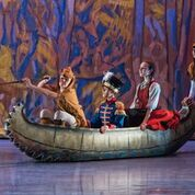 Nutcracker - Klara, Nutcracker Prince in the canoe with Beavers